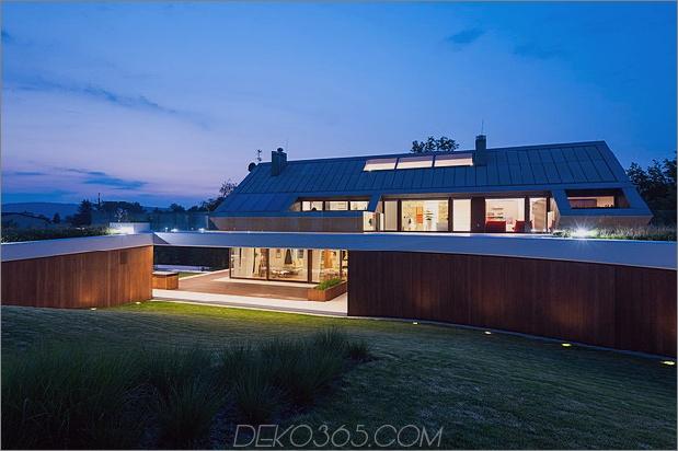 geometrische-home-emerges-Kalk-Klippe-9-wood-wall.jpg