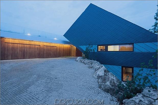 geometrische-home-emerges-Kalk-Klippe-15-side-view.jpg