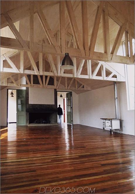 Schuppenhaus-gebaut-aus-Schuppen-14-Wohnraum.jpg