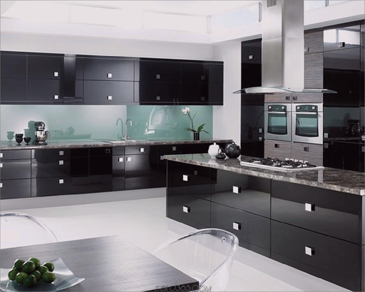 Steela Akzente und schwarze schwarze Küchenschrank-Ideen für den Chic Cook