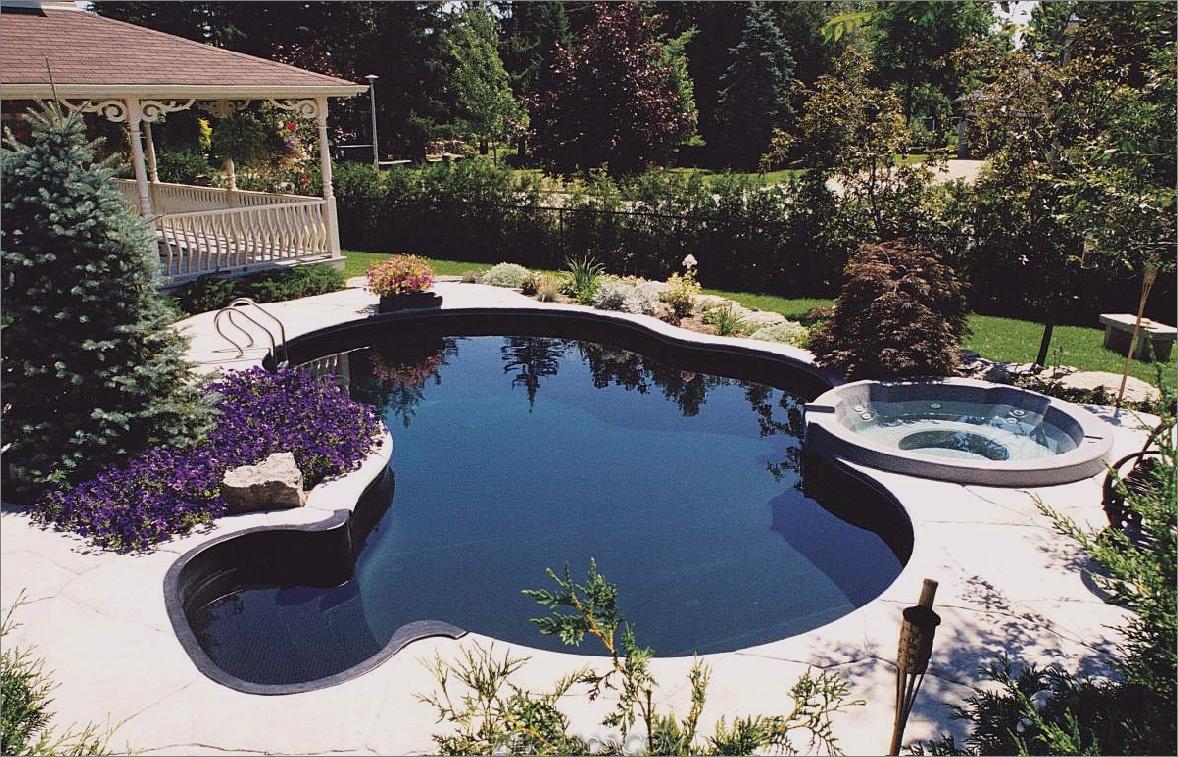 Schwimmbadtrends für das ultimative Staycation zu Hause_5c58ba9c8bd75.jpg