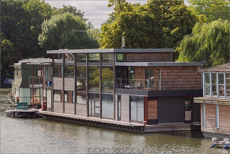 Zeitgenössisches Hausboot von MAA Architects