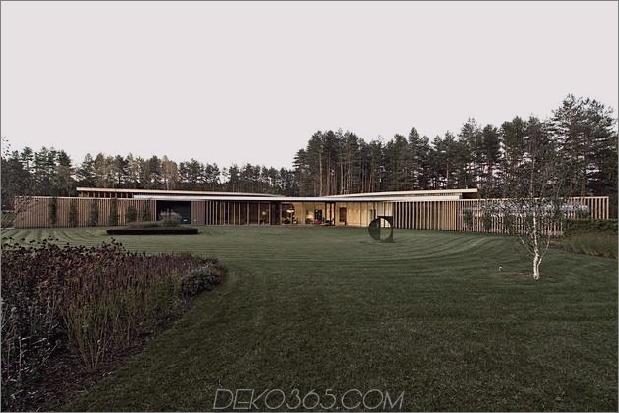 Sehr ungewöhnliches und sehr cooles dreieckiges Haus in Litauen_5c58e1a1416b2.jpg