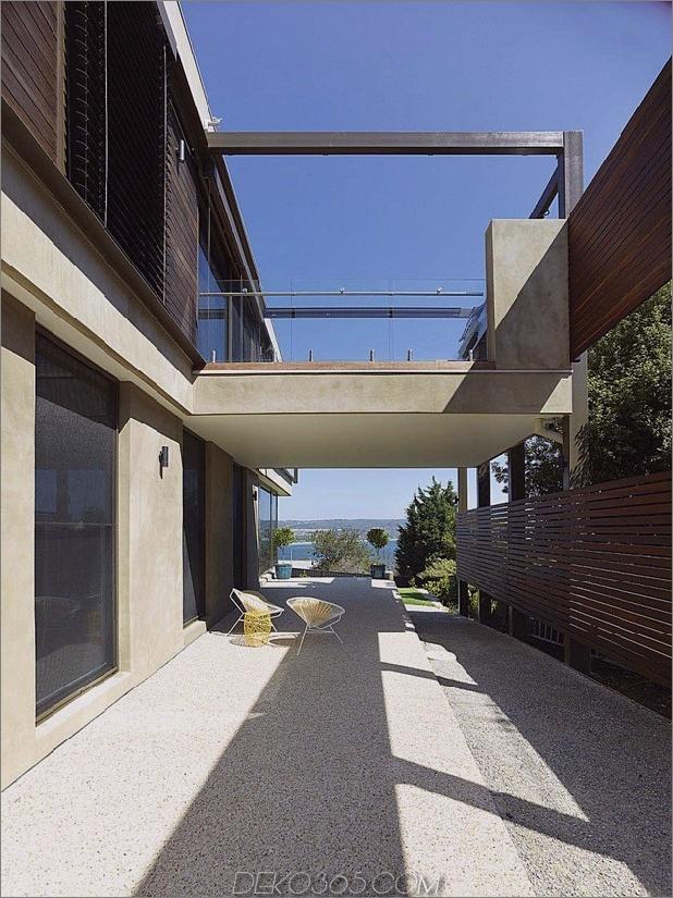 Modernes Strandhaus mit gebogenem Fensterwand 4.jpg