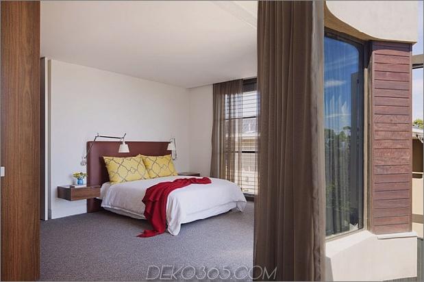 Modernes Strandhaus mit gebogener Fensterwand 21jpg