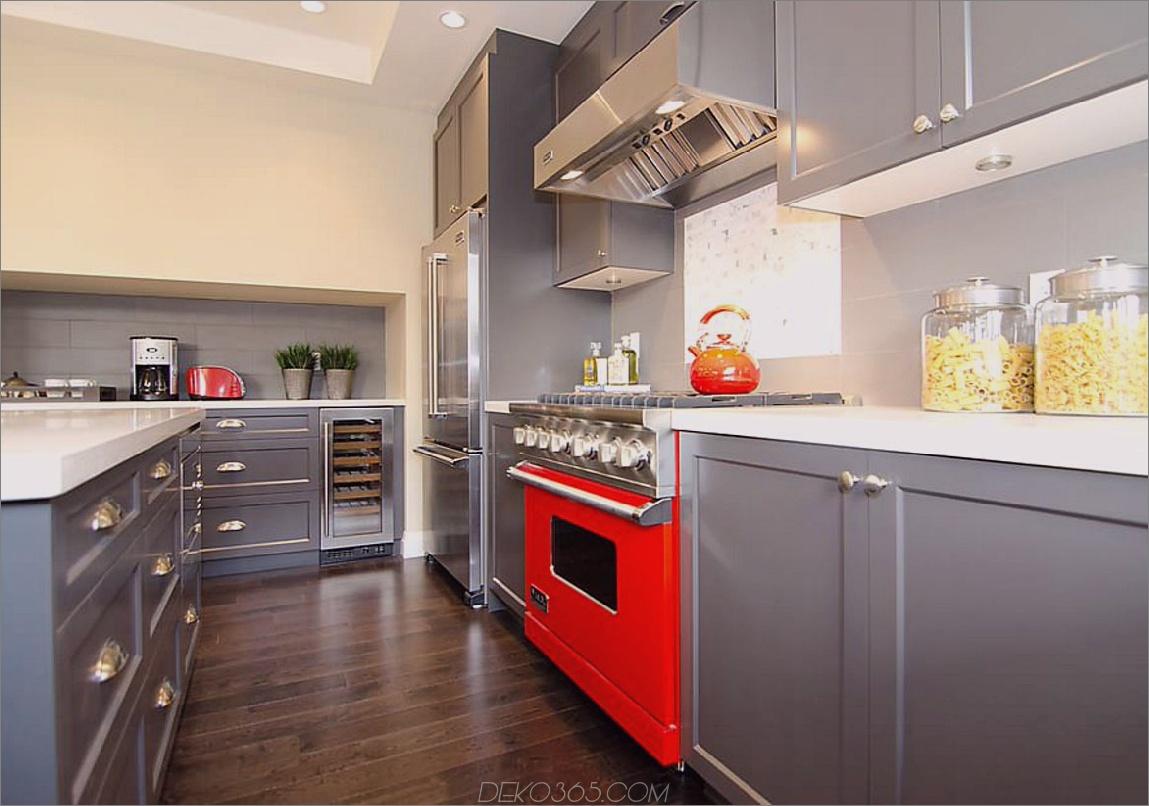 roter Ofen Sind Sie bereit, bunte Geräte zu integrieren?