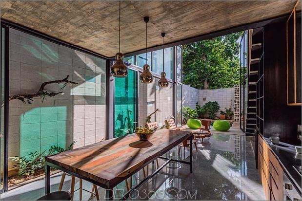 Skinny Concrete Home mit doppelthohen Glastüren_5c58e27a2eb0e.jpg