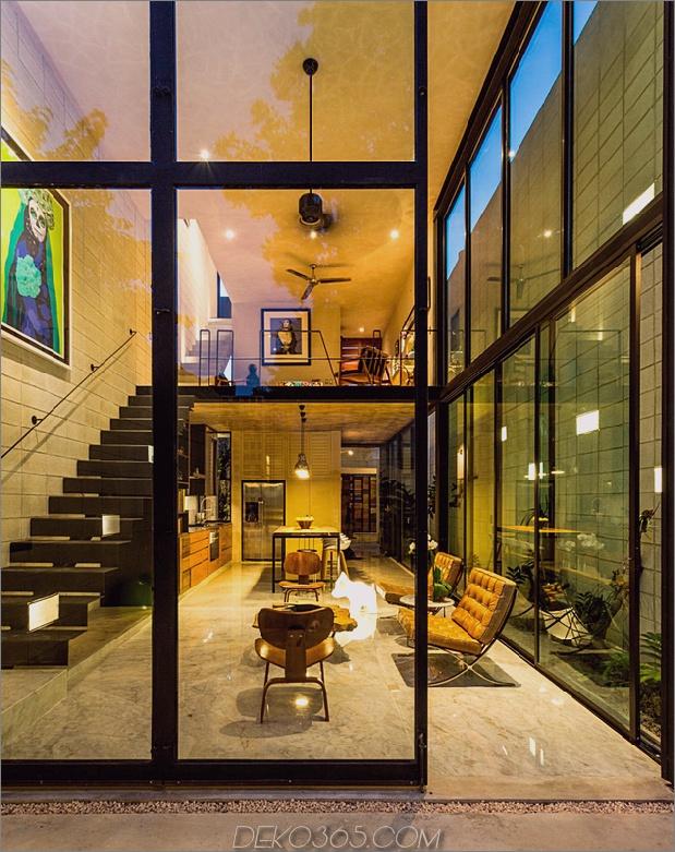 Skinny Concrete Home mit doppelthohen Glastüren_5c58e27ee3667.jpg