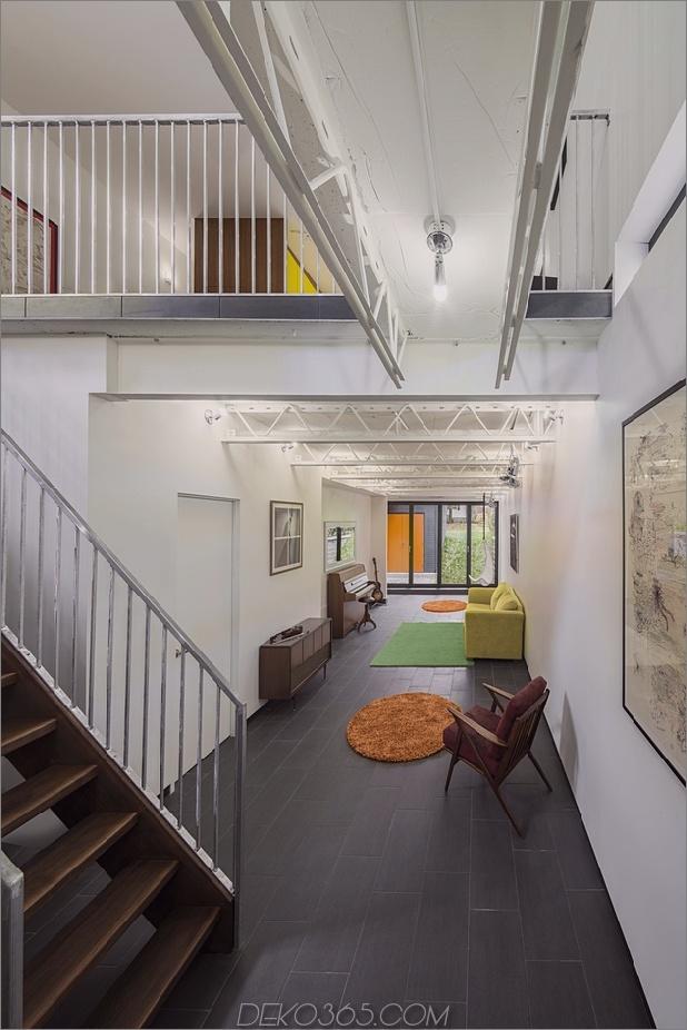 Skinny House auf schmalem Posten maximiert Raum und Tageslicht_5c58e13f1cd3f.jpg