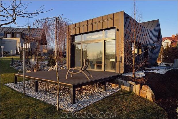 kleines Haus - große Aussage-vertikal-gekrümmte Fassade-6-Deck.jpg