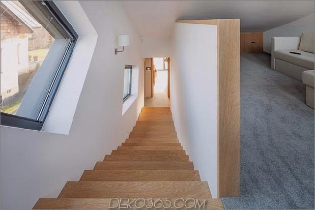 kleines Haus - große Aussage-vertikal-gekrümmte Fassade-13-upstairs.jpg
