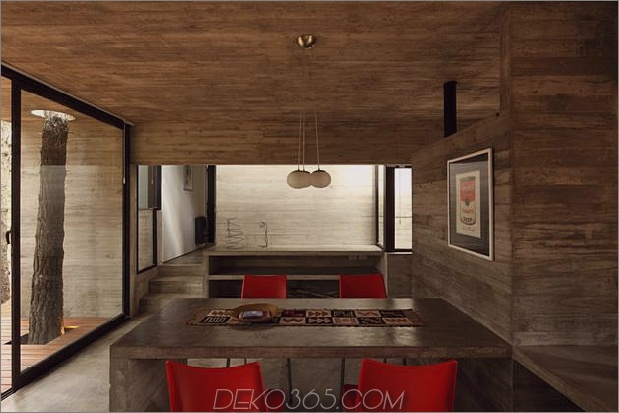 Treppen-Typ-Diagonal-Beton-und-Glas-Haus-14.jpg