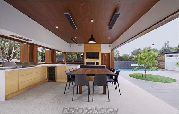 Sommerhaus-Erweiterung-schafft-private-Hof-6-kitchen.jpg