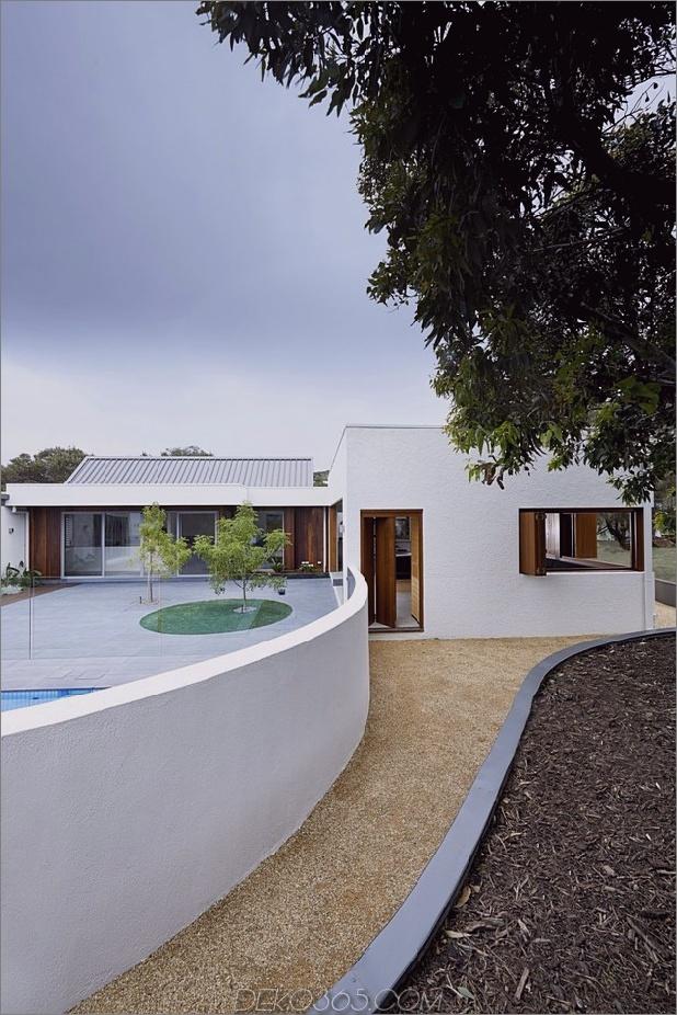 Sommerhaus-Erweiterung-erstellt-private-Hof-12-Poolwall.jpg