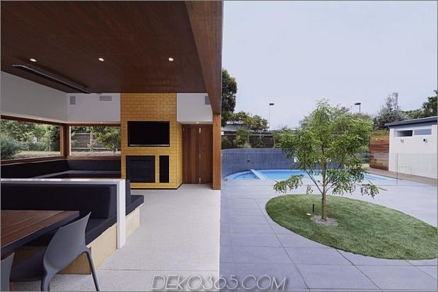 Sommerhaus-Erweiterung-erstellt-privaten-Hof-17-indoor-outdoor.jpg