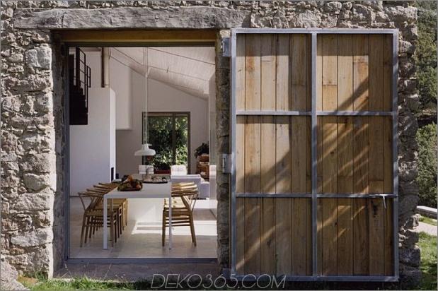 spanischer Stall verwandelte zeitgenössischen Stein% 20home 2 thumb 630x419 9428 Spanischer Stall verwandelte zeitgenössisches Steinhaus