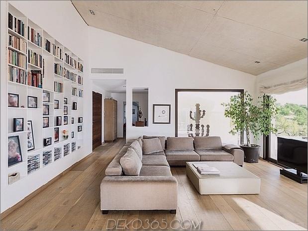 spanisch-familienhaus-mit-komfortabel-zeitgenössisch-open-space-anklang-6-living-straight.jpg