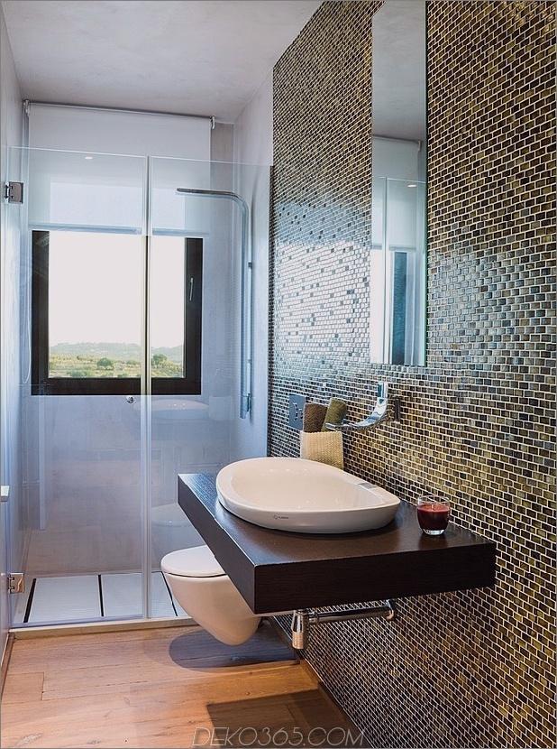 spanisch-familienhaus-mit-komfortabel-zeitgenössisch-open-space-anklang-14-bathroom-tile.jpg