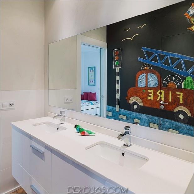 spanisch-familienheim-mit-komfortabel-zeitgenössisch-open-space-anklang-16-child-bathroom.jpg