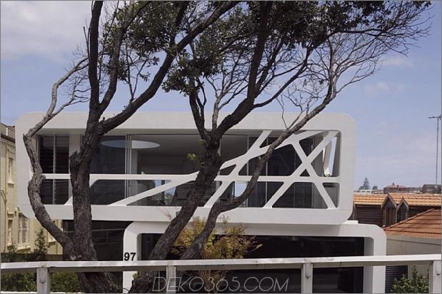 Stadt-Strandhaus-mit-ultra-modern-Straße-Präsenz-3.jpg
