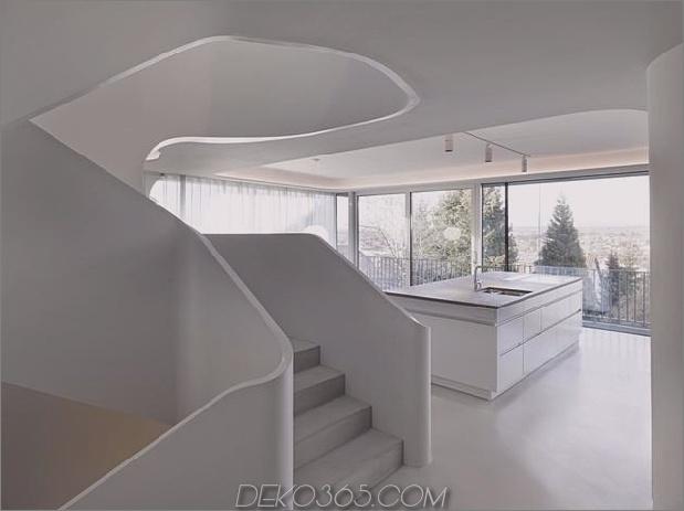 Stahlbeton-Haus-mit-Aluminium-Fassade-14-Küche-Treppe-close.jpg