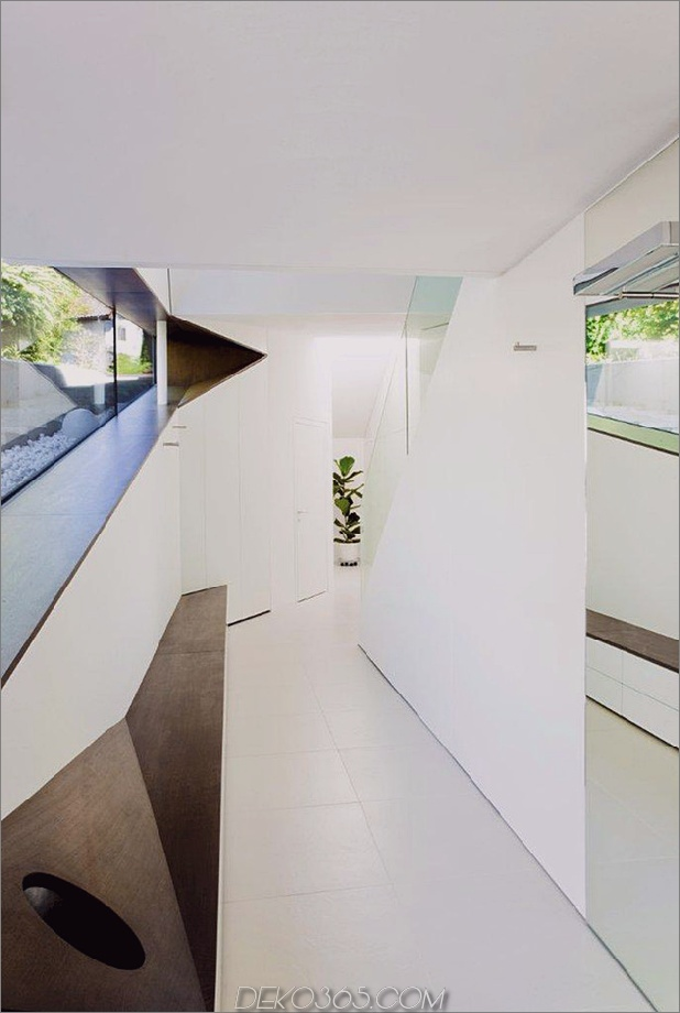 Hang-Dach-Haus-mit-futuristisch-Interieur-Gestaltung der Landschaft-8.jpg