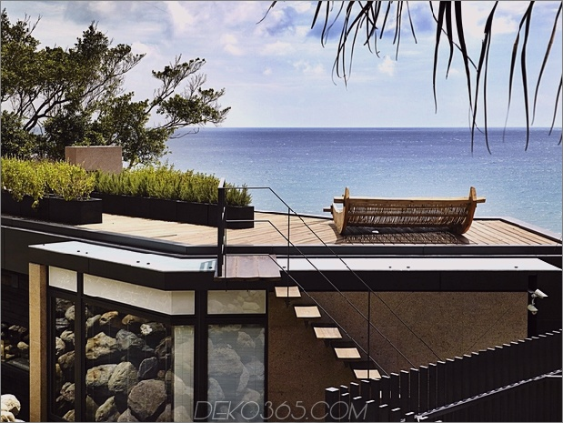 7-Oceanfront-Home-Terraced-Rock-Site.jpg