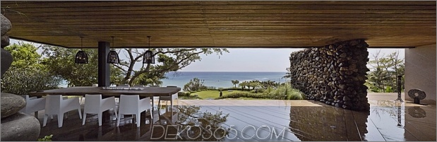 11-Oceanfront-Home-Terraced-Rock-Site.jpg