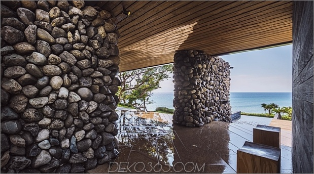 12-Oceanfront-Home-Terraced-Rock-Site.jpg