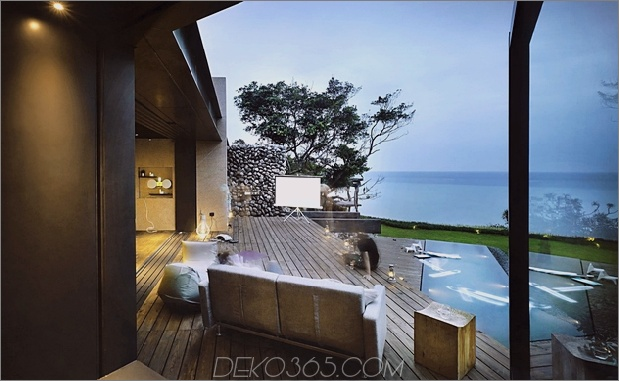 15-Oceanfront-Home-Terraced-Rock-Site.jpg