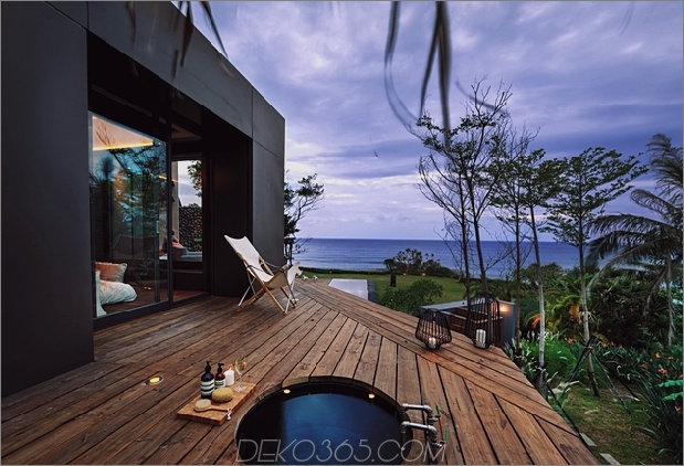 24-Oceanfront-Home-Terraced-Rock-Site.jpg