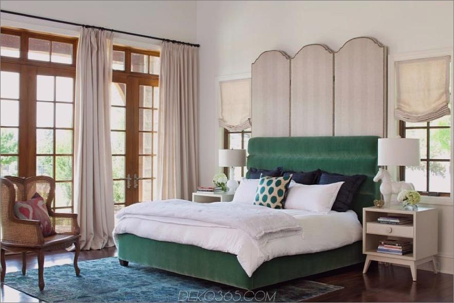Dramatisches Doppelkopfteil in einem Schlafzimmer von Andrea Schumacher
