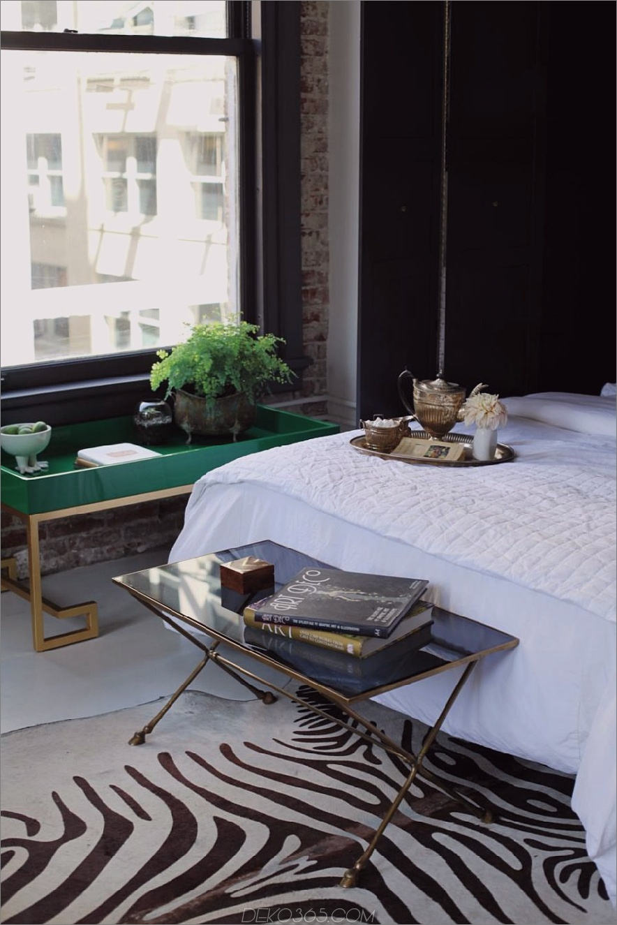 Modische Akzente im Schlafzimmer von Caitlin McCarthy Designs