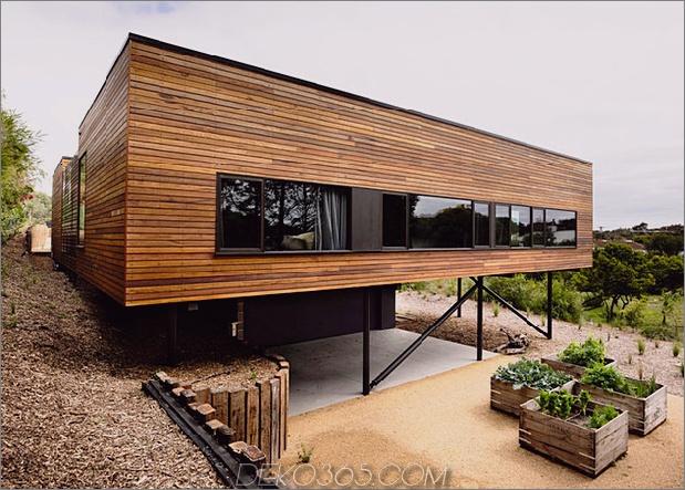 Strandhaus geometrische schirme gebaut Sanddünen 2 Vorderer Daumen 630xauto 39103 Strandhaus mit geometrischen schirmen auf Sanddünen gebaut