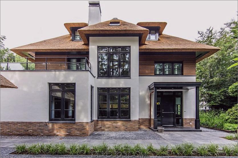 Schöne Fassade zeigt eine Mischung aus Moderne und Tradition