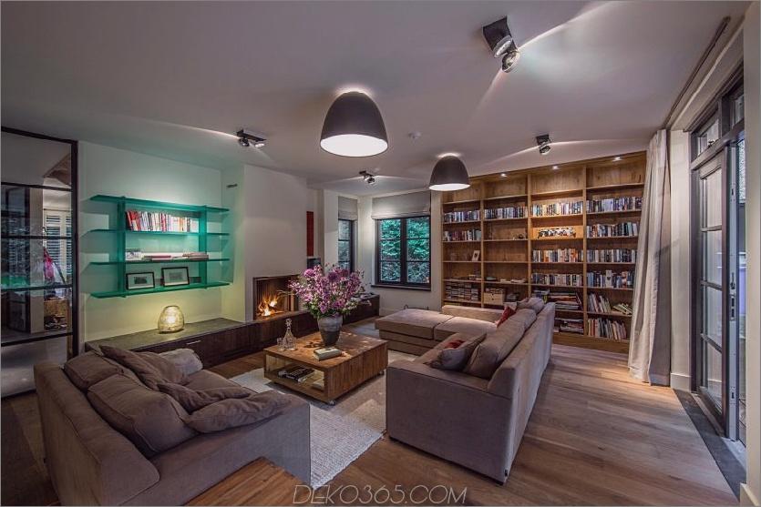 Anspruchsvolles Wohndekor beinhaltet eine Heimbibliothek