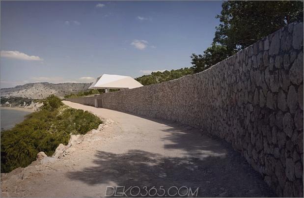 freitragendes Küstenhaus mit minimalistischem, weißem Interieur 2 thumb 630x409 12007 Super moderne Architektur an der griechischen Küste