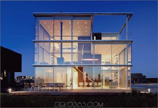 nachhaltiges kastenförmiges haus panoramablickverglasung 1 glasfassade thumb 630xauto 39895 Nachhaltiges kastenförmiges haus genießt einen panoramablick durch glasuren