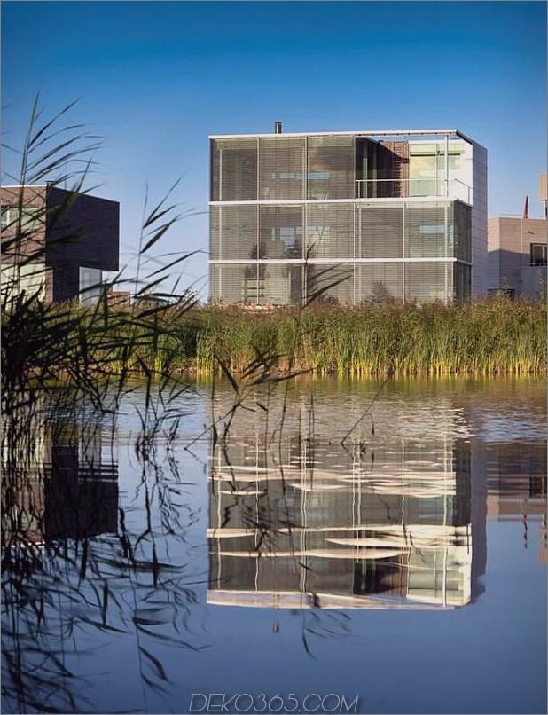 nachhaltiges kastenförmiges haus panoramablick glasuren 2 wasser daumen autox821 39897 Nachhaltiges kastenförmiges haus genießt einen panoramischen blick durch glasuren
