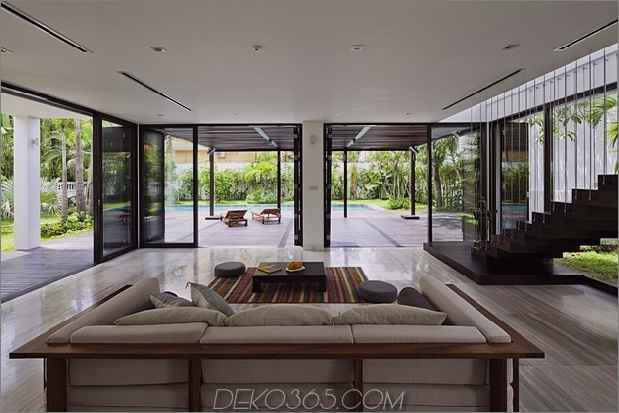 renovierungs-transformiert-home-open-plan-living-walls-9.jpg