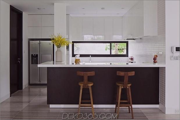 renovierungs-transformiert-home-open-plan-living-walls-16.jpg