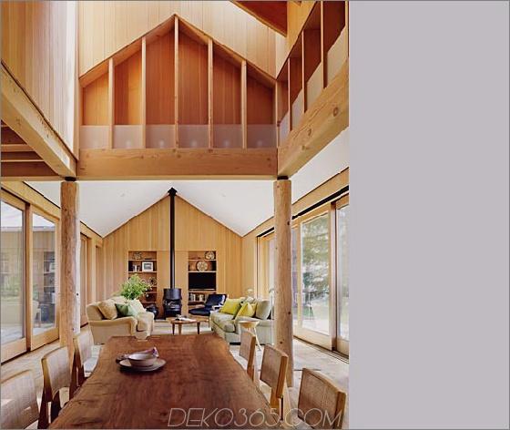 Holz-Landhaus-Hof-9.jpg