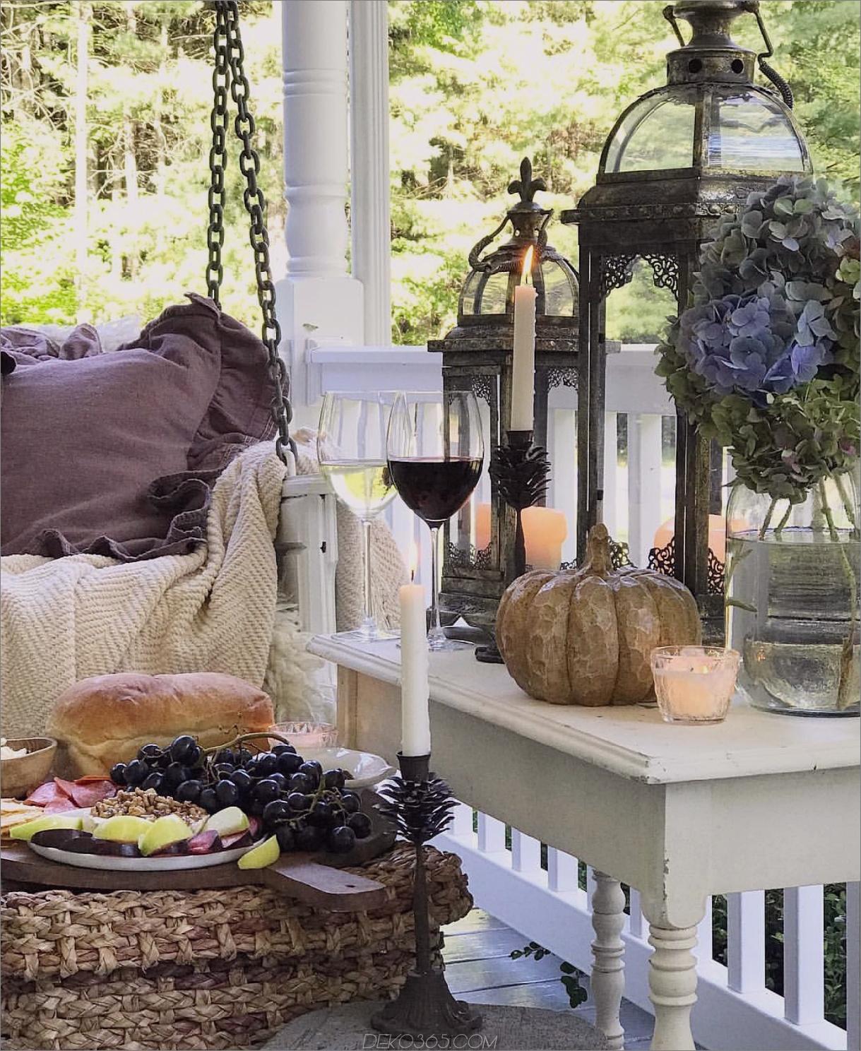 Herbsttisch Tipps zum Übergang Ihres Patios vom Sommer zum Herbst