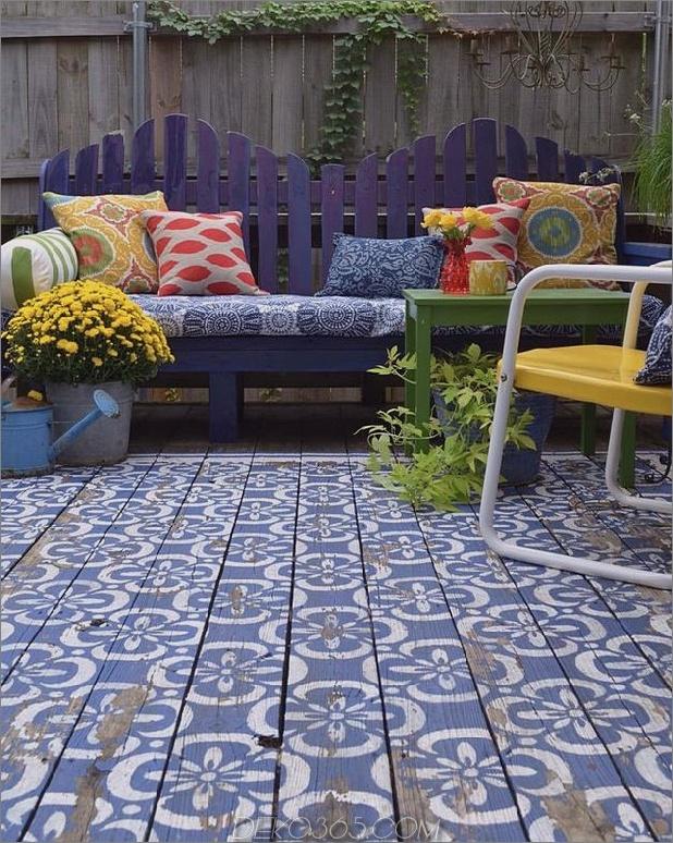 Holzpatio-in-blau-weiß-marokkanisch-Stil-Schablone-1.jpg gemalt