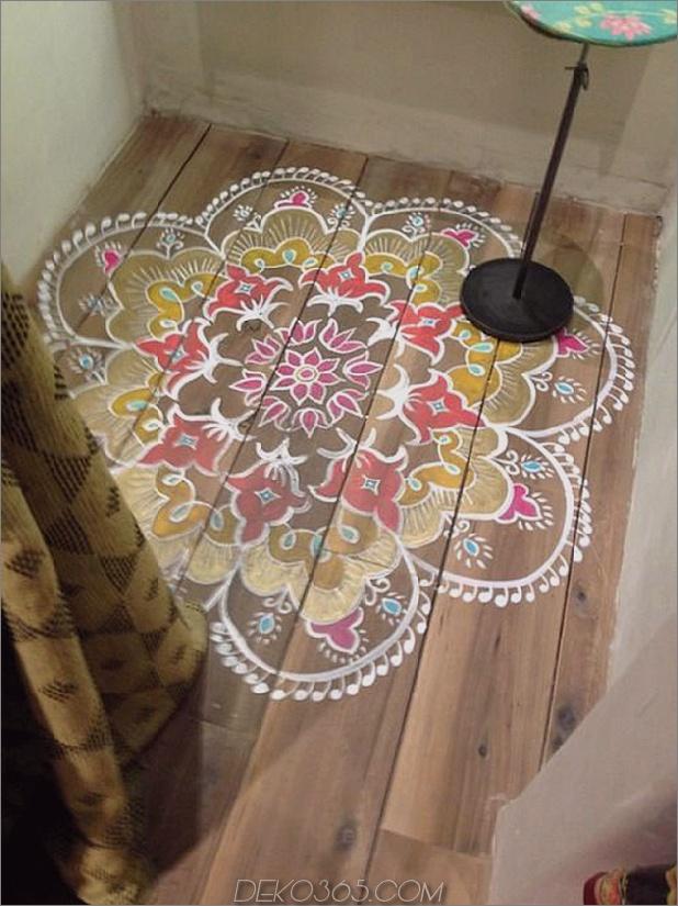 kleiner Farbteppich-auf-Dielenboden.jpg