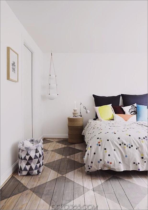 stencil-diamond-pattern-wood-floor-bedroom.jpg