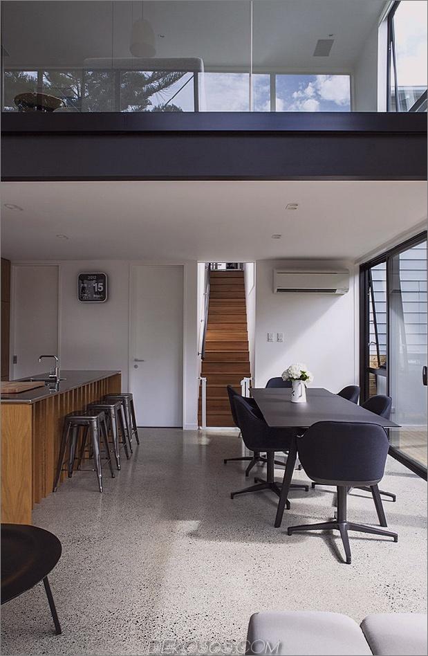 Traditionelles Ferienhaus-Neuseeland-erweitert-Modern-Box-Haus-8-Küche.jpg