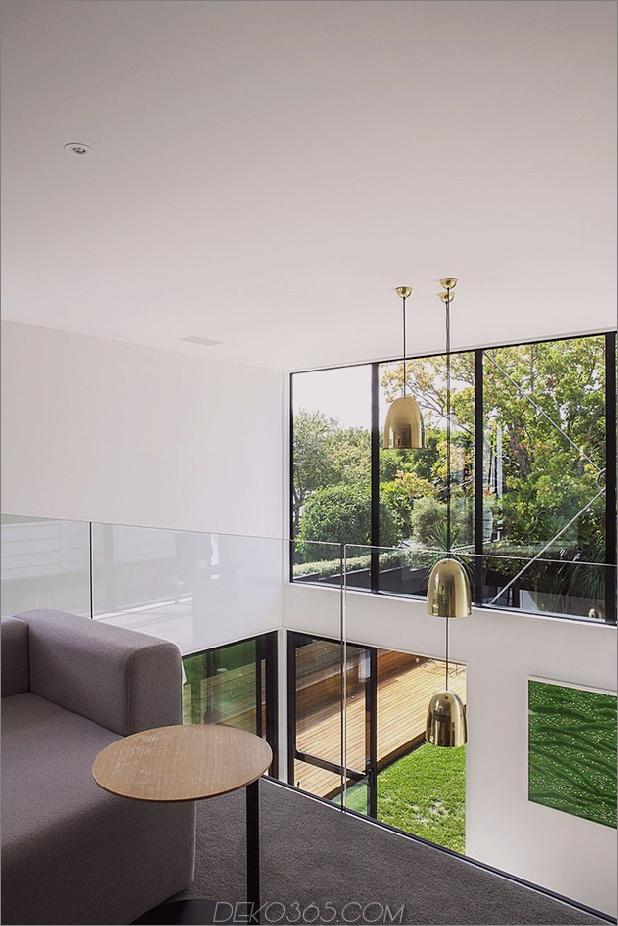 Traditionelles Ferienhaus-Neuseeland-erweitert-Modern-Box-Haus-15-Mezzanine.jpg