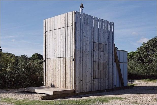 transportable nachhaltige Strandhütte ruht 2 Holzschlitten 2 Fenster geschlossen thumb 630xauto 37099 Transportable und nachhaltige Strandhütte ruht auf 2 Holzschlitten