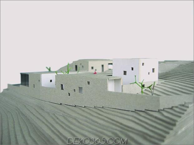 Treppenhaus-mit Steinmauern-und-weiß-Würfel-14.jpg